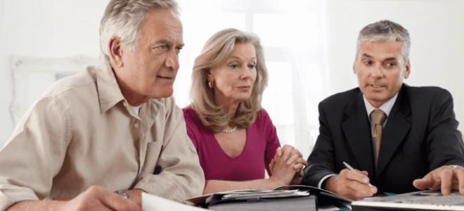 Юрист по пенсионному праву в спб: как выбрать толкового помощника в пожилом возрасте?