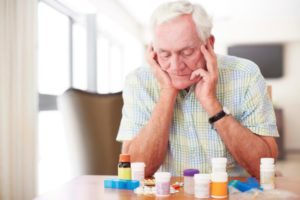 Лечение гипертонии у пожилых: народные средства и лекарства
