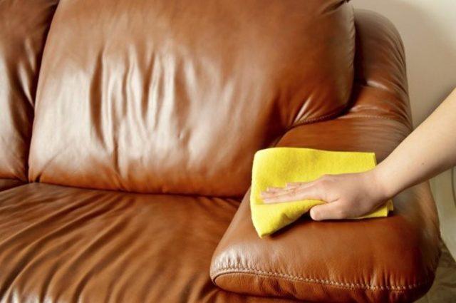 Как избавиться от запаха старости: поможет ли регулярна уборка в доме?
