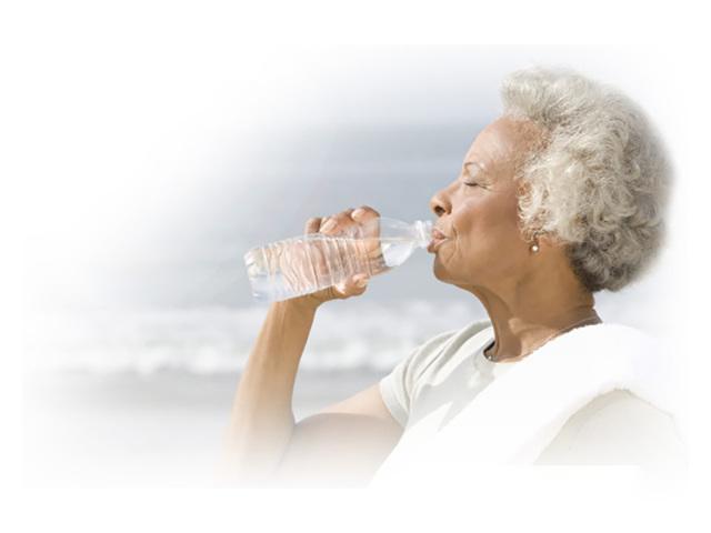 Обезвоживание у пожилых, норма употребления воды человека