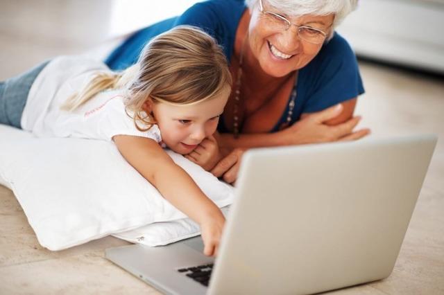 Декретный отпуск для бабушки: порядок оформления, перечень документов, как начисляются выплаты
