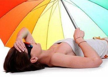 Тепловой солнечный удар, симптомы и доврачебная помощь