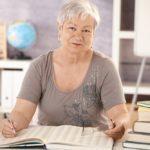 Как досрочно уйти на пенсию по сокращению: список документов и формула расчета