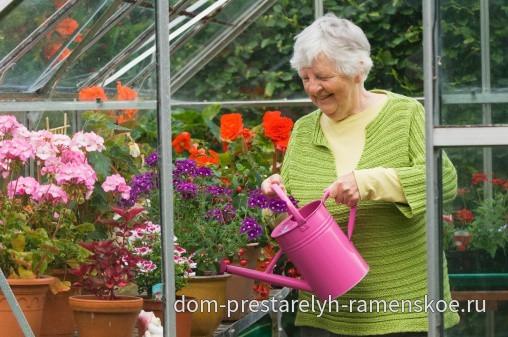 Трудотерапия (Эрготерапия) для пожилых людей: задачи и формы