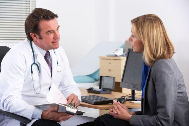 Какой уровень холестерина в крови считается нормой у женщин после 50 лет: таблица значений