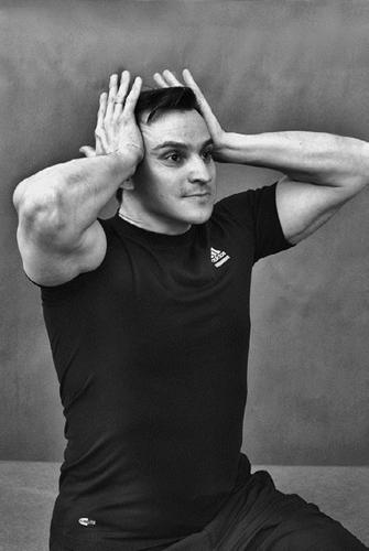 Изометрическая гимнастика Игоря Борщенко: показания и противопоказания для занятий