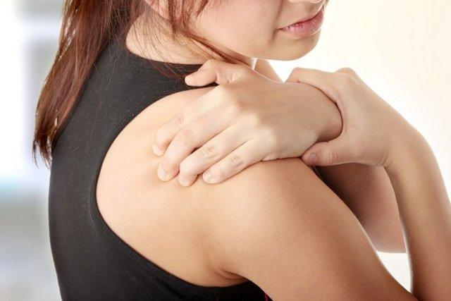 Причины развития субакромиального бурсита плечевого сустава: профессии подверженные патологии