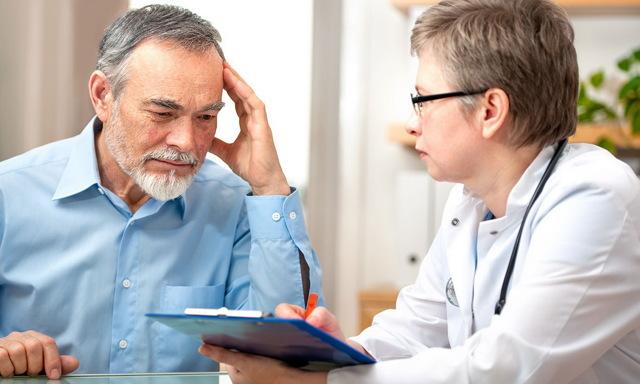 Острый и хронический панкреатит среди пожилых: симптомы и лечение
