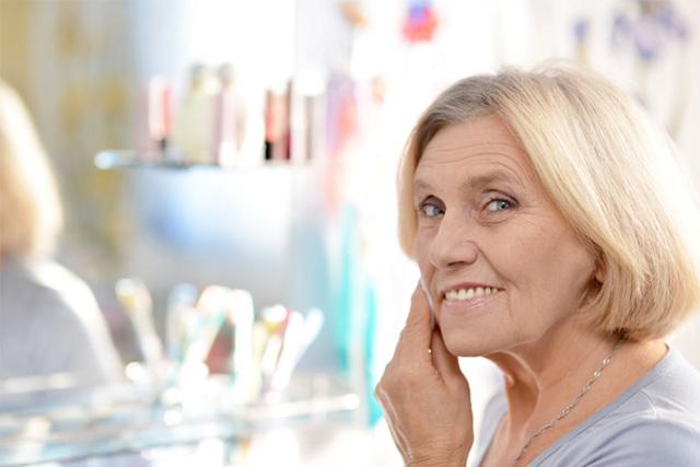 Идеи женских причесок которые не нужно укладывать для тех кому за 50