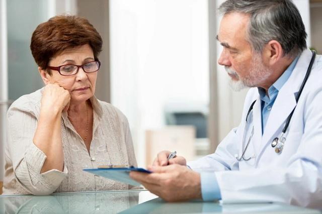 Запоры в пожилых людей: хронические и острые