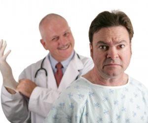 Как проявляется геморрой у мужчин и женщин: признаки заболевания