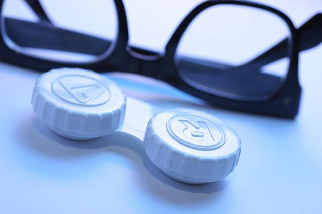 Лечение близорукости в пожилом возрасте: операция и упражнения