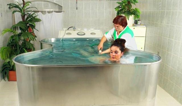 Хвойные и солевые ванны: как правильно приготовить