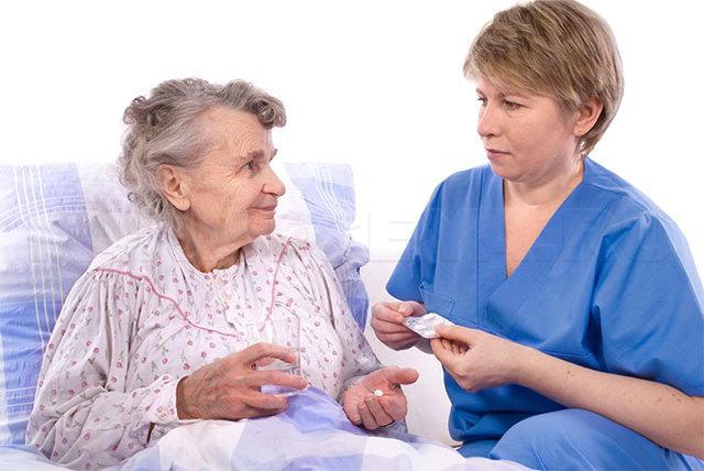 Кто такой врач гериатр: чем занимается и какие заболевания может лечить