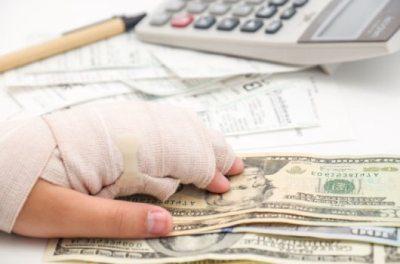 Травма на производсте в 2020 году: виды выплат и методики расчета компенсации пострадавшему